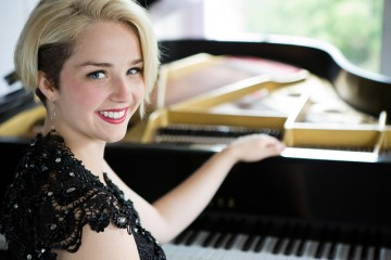 venessa-lachance-piano-photo