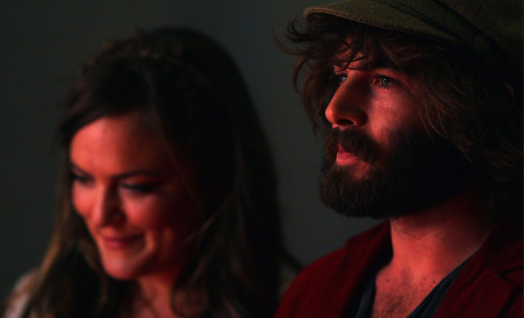 angus-and-julia-stone-portrait