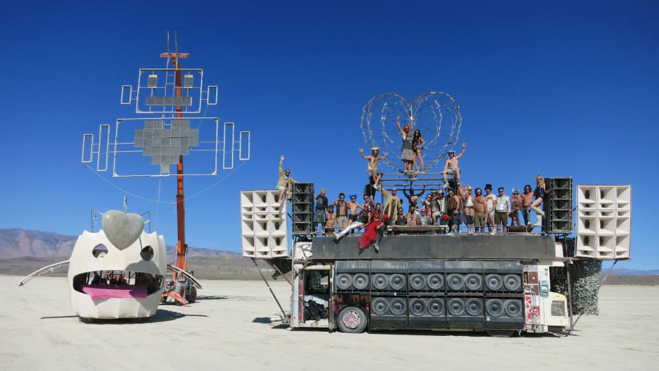 Burning-Man-2014-robot-heart