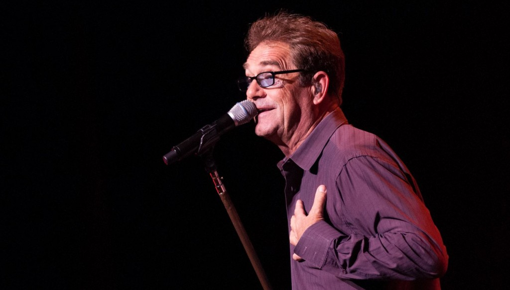 HUEY LEWIS & THE NEWS – Que du vrai!