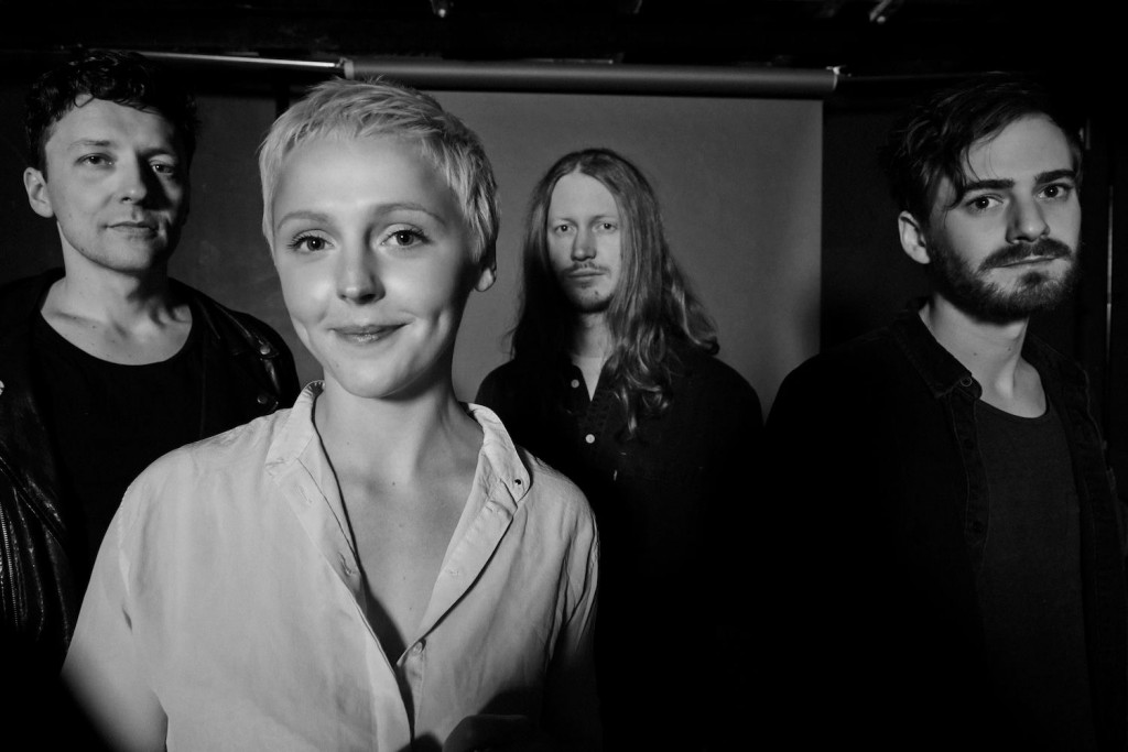 LAURA MARLING : Le plan B