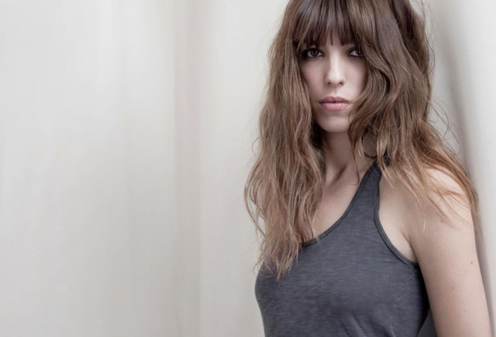 The grey, brown and passé atmosphere of LOU DOILLON