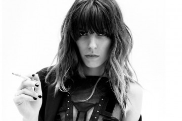 LOU DOILLON – A Name of Her Own