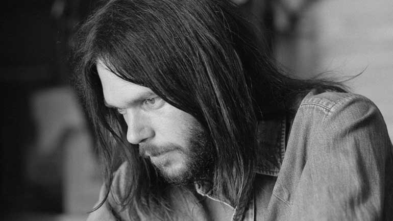 Neil-Young-Henry-Diltz-770