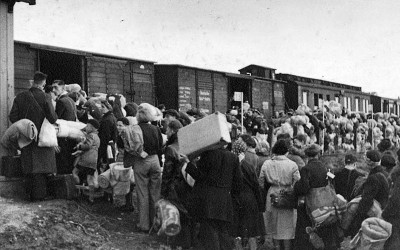 train to auschwitz
