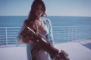 Lana-Del-Rey big machine gun