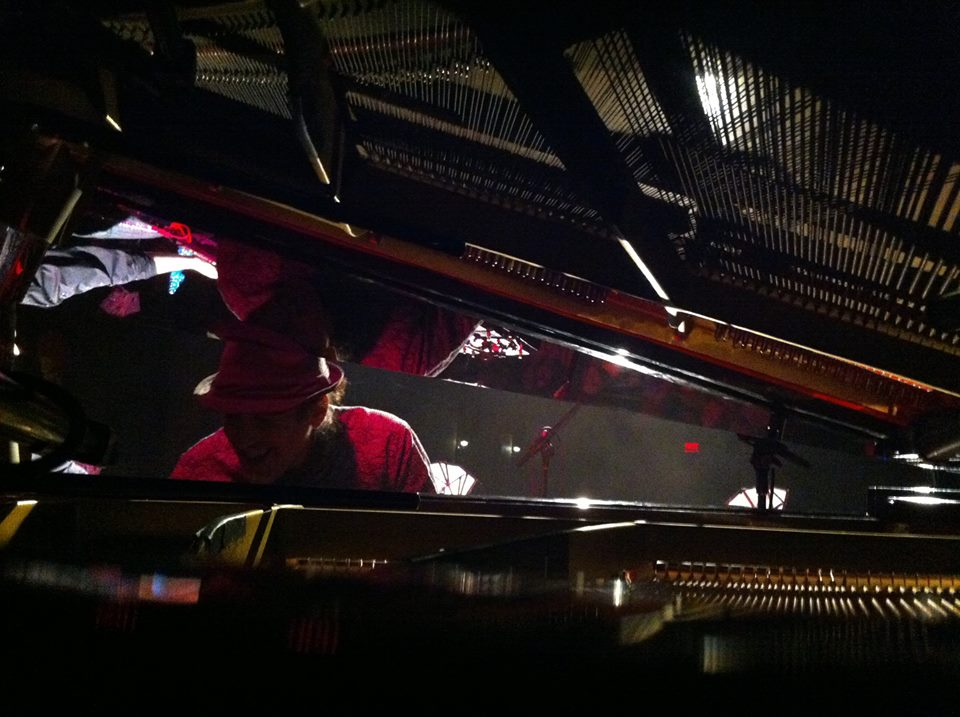 MARTIN LIZOTTE: Flying Solo with Pianolitudes