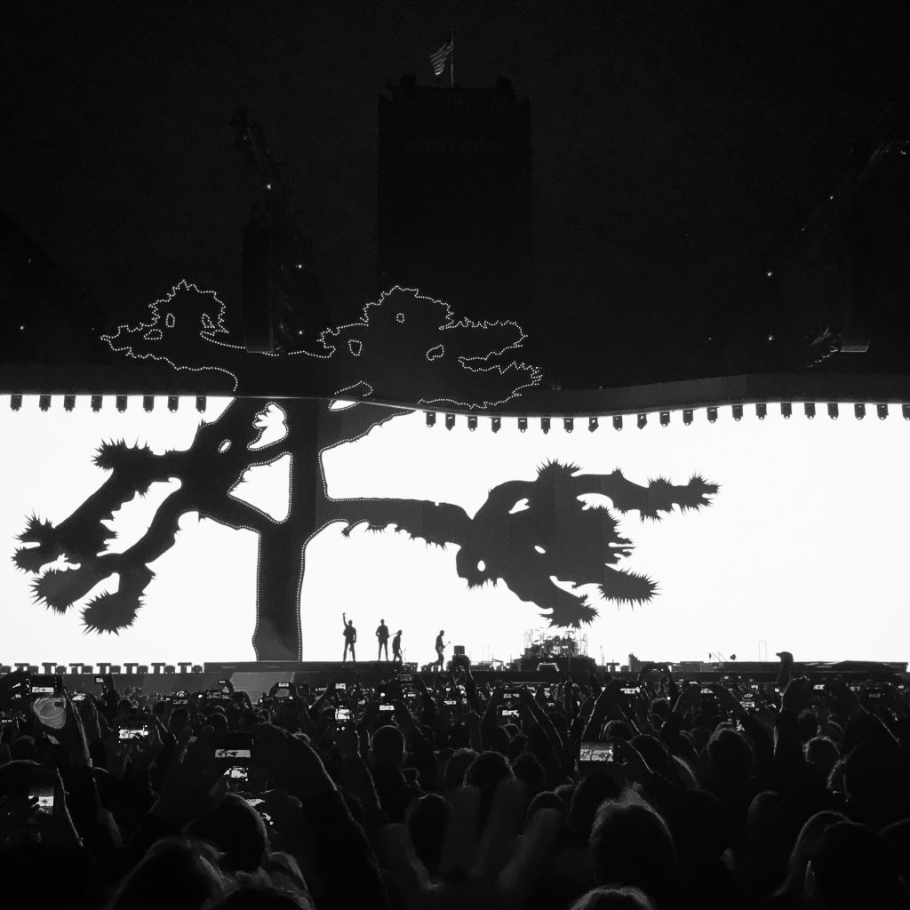 U2 THE JOSHUA TREE TOUR: Rendre à César…