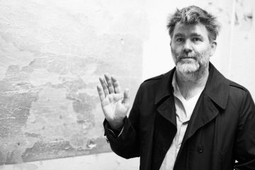 LCD SOUNDSYSTEM – Living the Dream