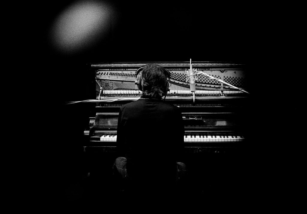 paul mccartney piano 2018